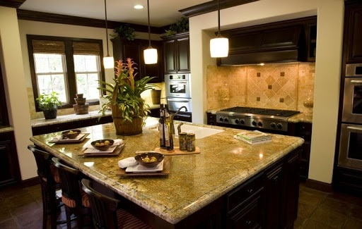 gold-kitchen-counter-decor