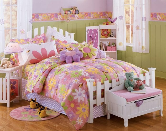 Girl-Bedroom-Ideas-with-a-Garden-Theme