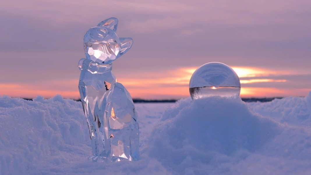 Outdoor-Ice-Decoration-Ideas