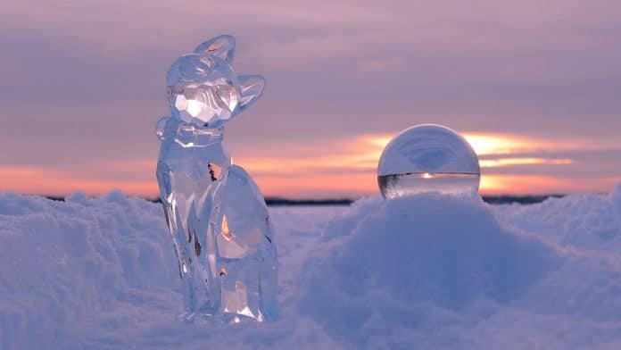 Outdoor-Ice-Decoration-Ideas