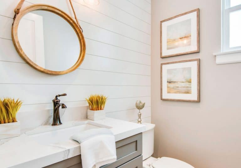5 Decorating Ideas for the Powder Room