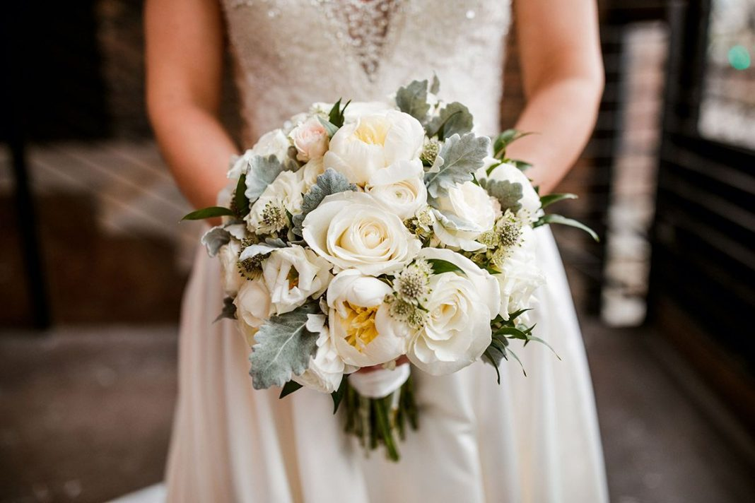 alternative-fresh-flower-bouquets