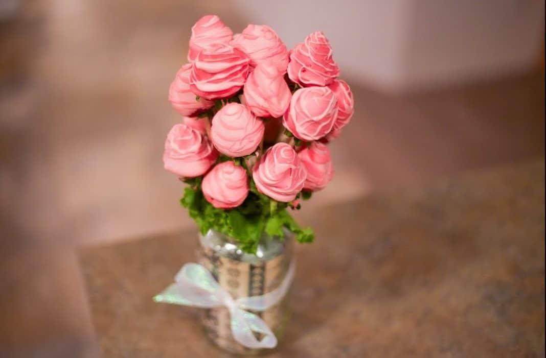 candy-cookie-alternative-fresh-flower-bouquets