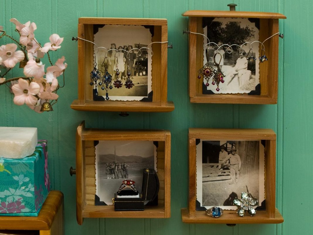 diy-dresser-drawer-shadowbox