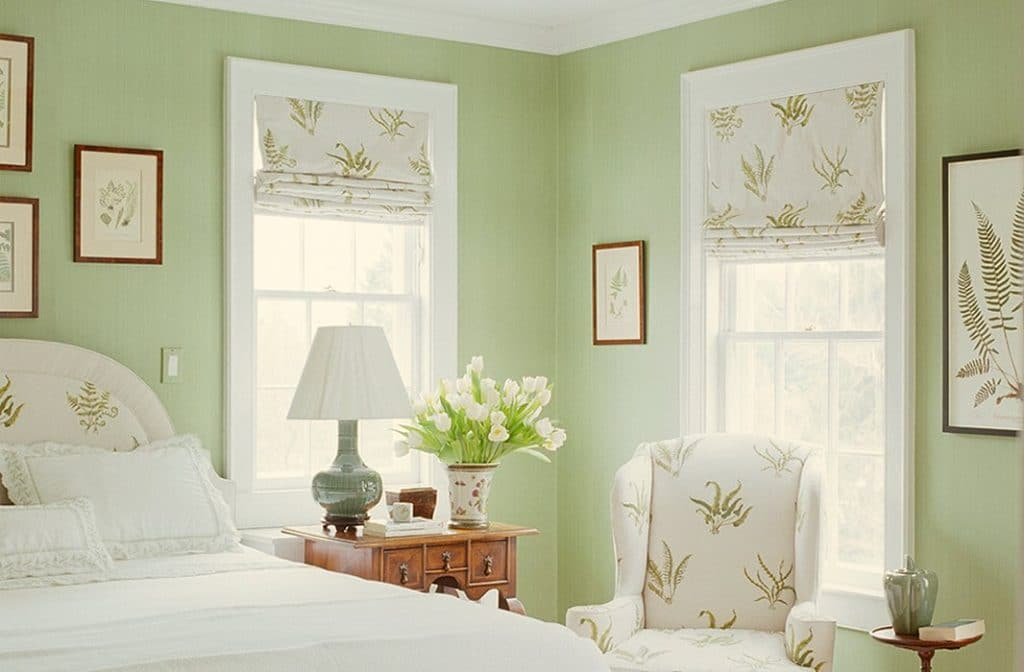 lily-green-color-bedroom