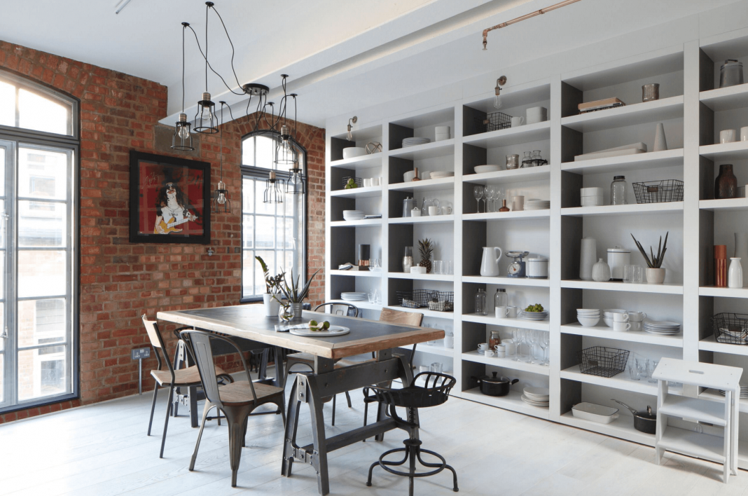 open-storage-in-a-dining-room
