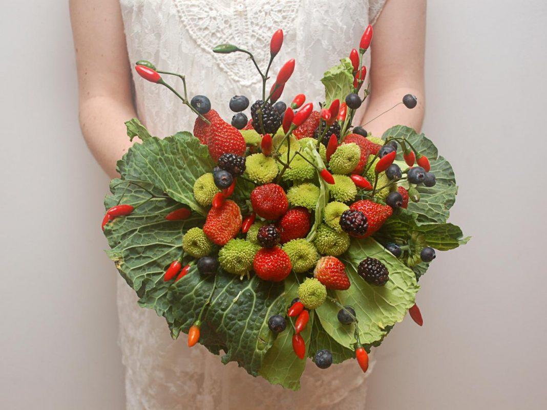 vegetable-fruit-alternative-fresh-flower-bouquets