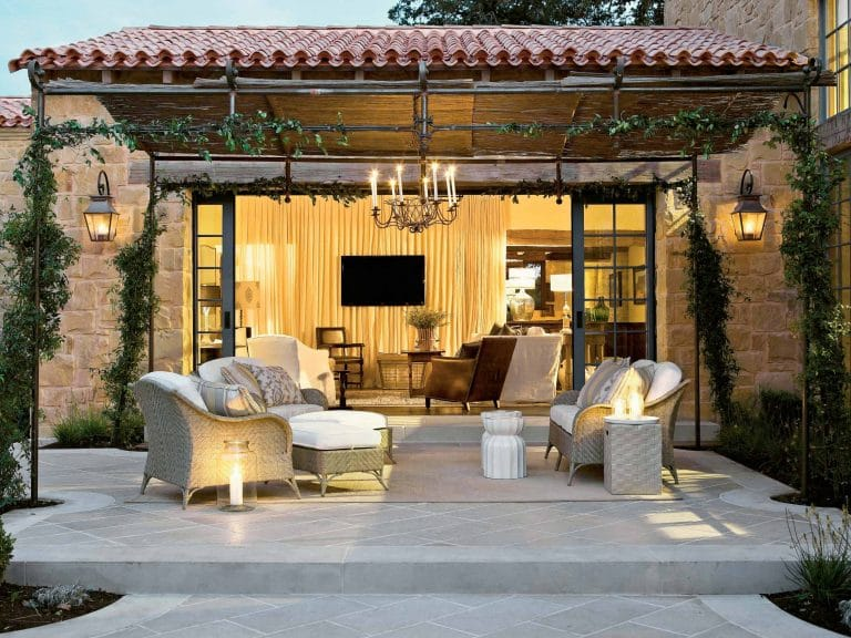 Stylish Ways to Accessorize Your Outdoor Living Space