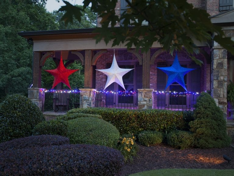 Fun Ways to Decorate Your Yard for a Fourth of July Party