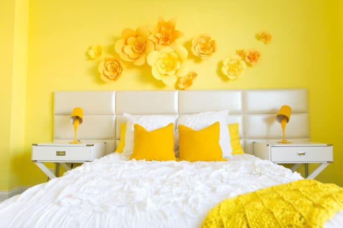 Decorate-a-Room-Using-Yellow