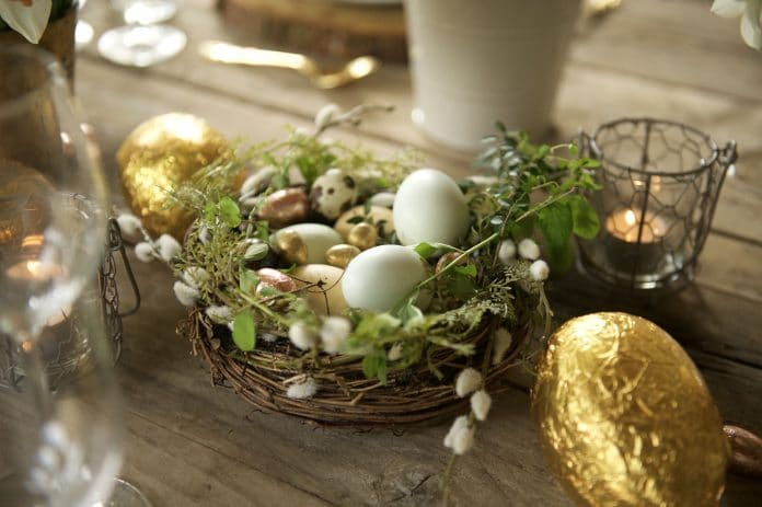 Easter-Dining-Table-Centerpieces