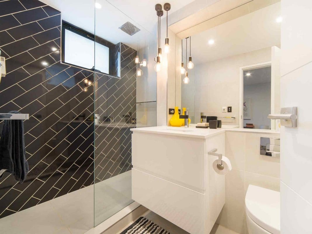 Make-a-Small-Ensuite-Look-Much-Larger