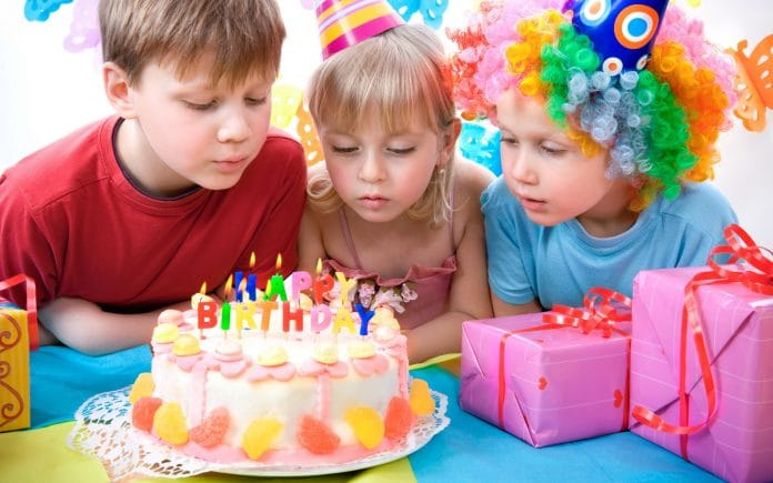 Throwing-a-Birthday-Party-for-Kids