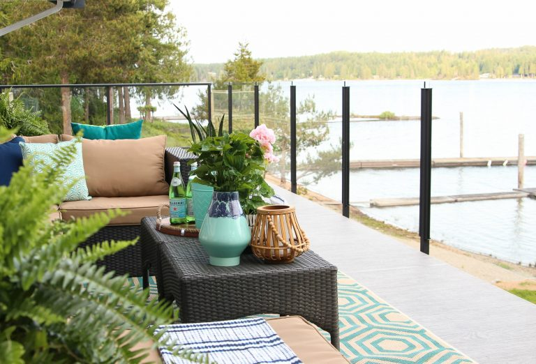 5 Ways to Turn a Deck into an Outdoor Living Area