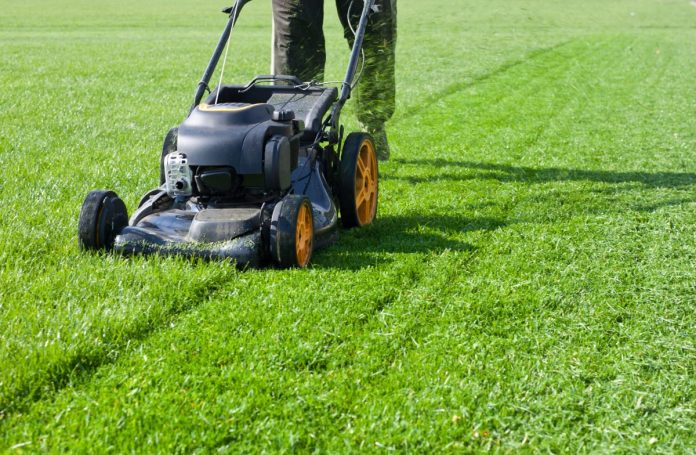 You-Need-to-Do-to-Your-Lawnmower-Before-Mowing-This-Spring
