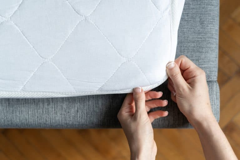 The 5 Best Mattress Toppers for Back Pain (2020)