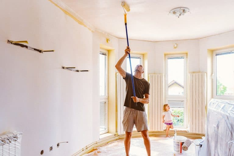 The 8 Best Ceiling Paint Reviews & Guide (2021)